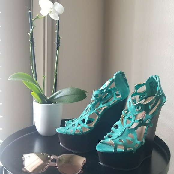 JustFab Shoes - 5 Inch JustFab Turquoise/Brown Wedges